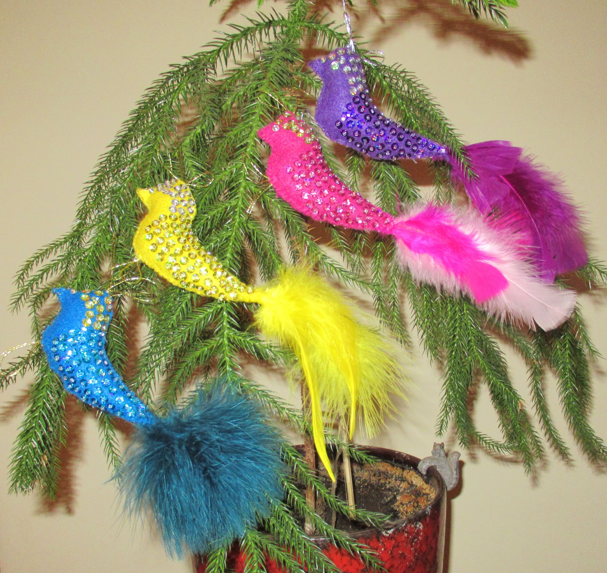 Sequined bird ornaments, set of 4