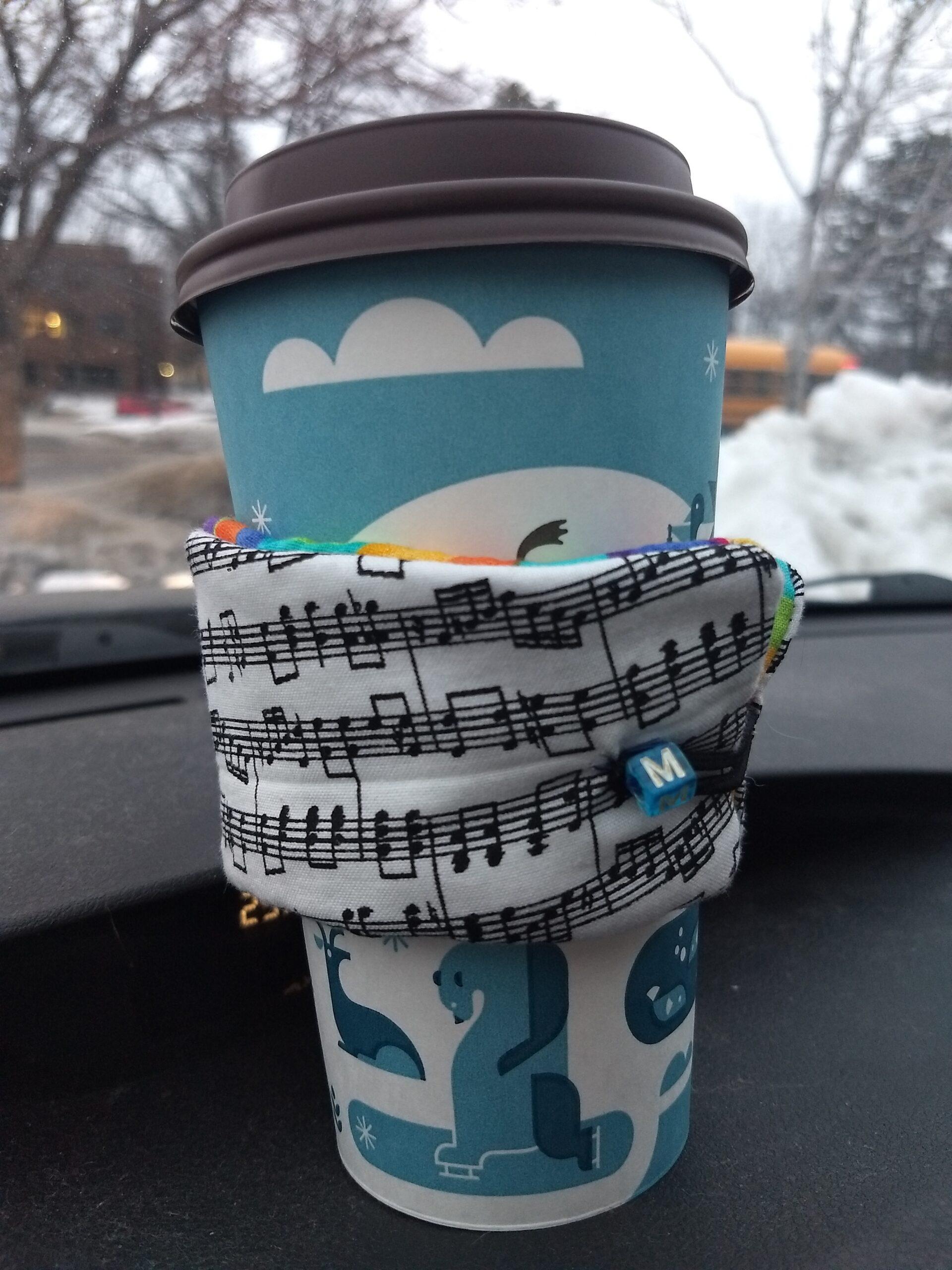 "Reversible cup cozy –  ""M"""